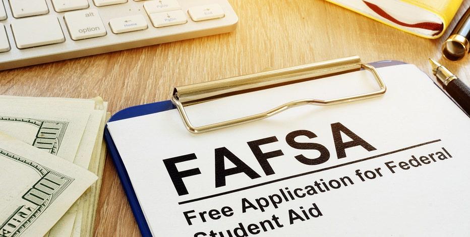 FAFSA effort: Milwaukee leaders urge MPS seniors to take action