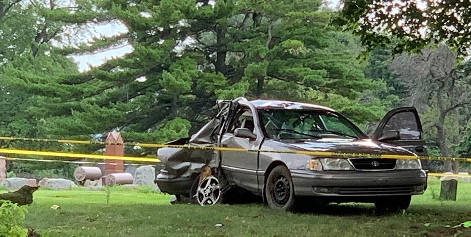 Crash near 20th & Auer, 1 dead, 3 critical: police