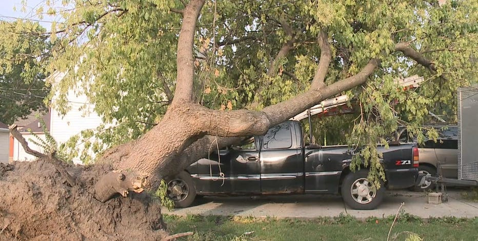 Milwaukee south side storm damage severe, neighbors losing patience