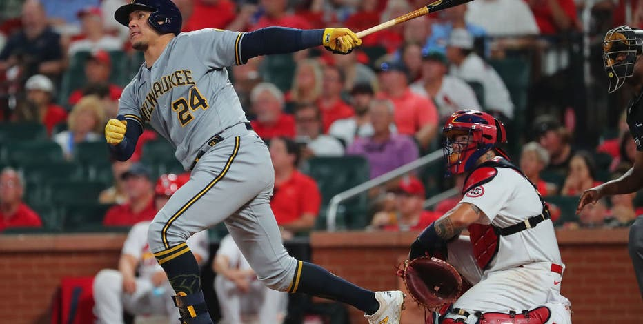 Brewers rally late, knock off Cardinals 6-4 in 10 innings