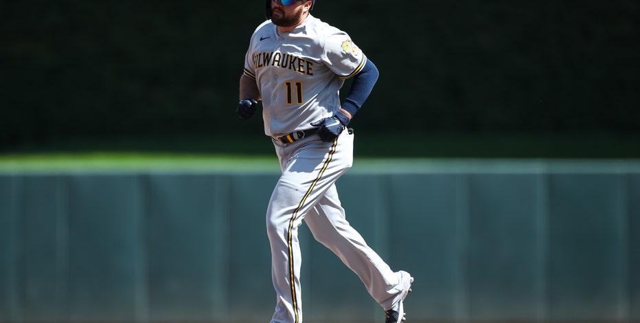 Brewers top Twins, avoid sweep; Tellez rips 3-run HR