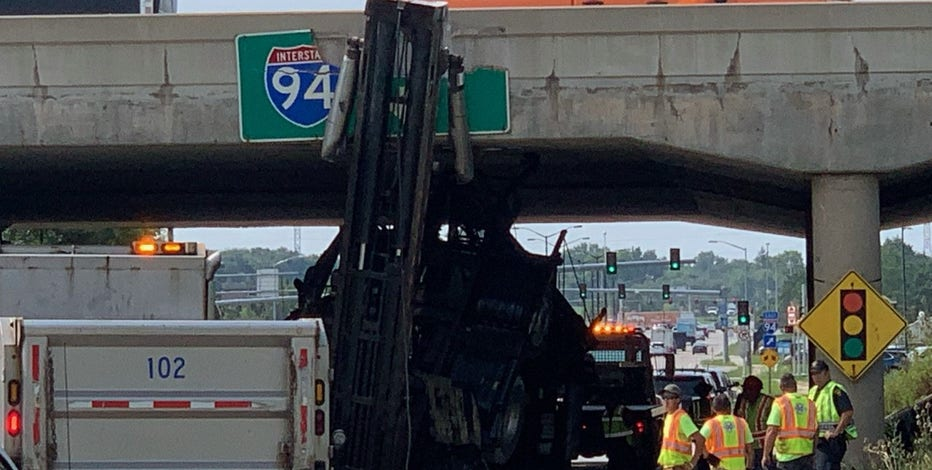 Truck strikes overpass in Brookfield, driver to be issued citations