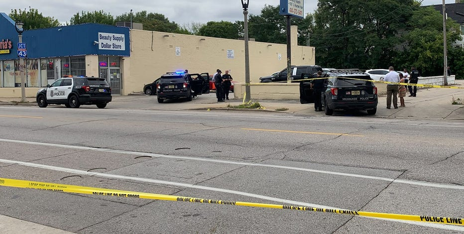 Milwaukee police investigate homicide, 30-year-old man shot