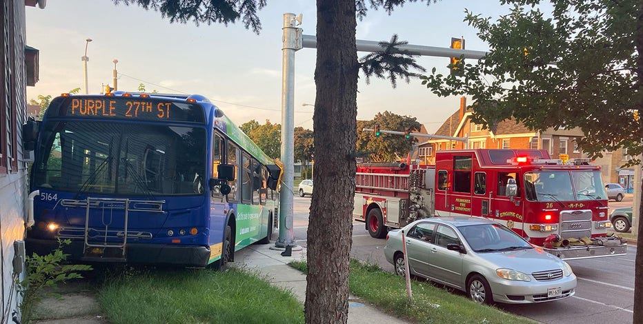 MCTS bus nearly hits house on Milwaukee's south side