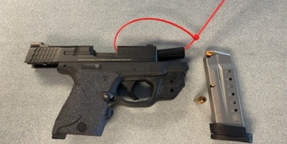 TSA intercepts gun at Mitchell International Airport