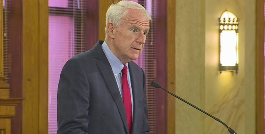 Barrett presents 2022 budget plan to Milwaukee Common Council