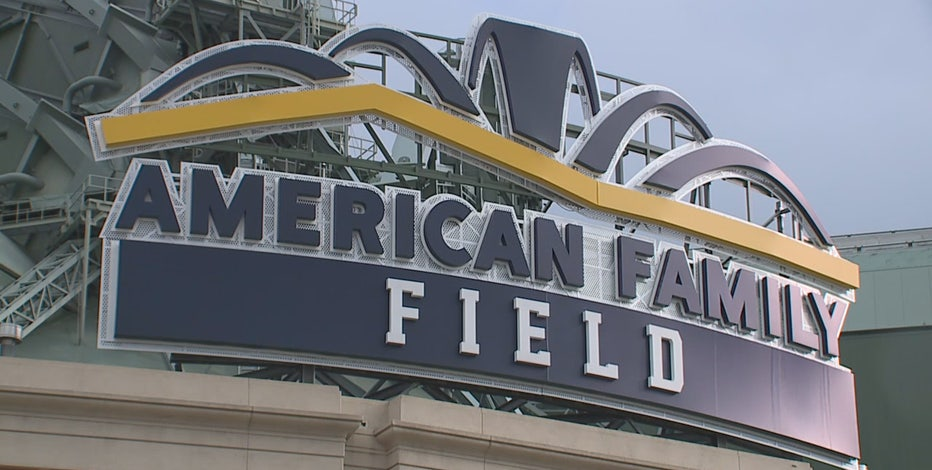 Brewers, Braves begin National League Division Series Friday