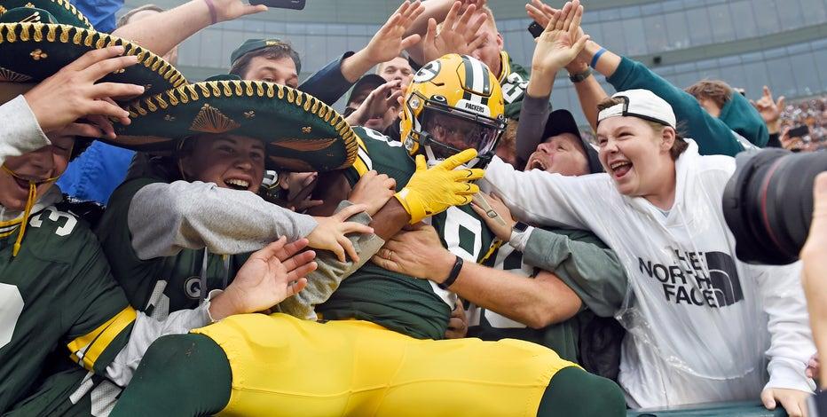 Packers face Steelers at Lambeau Field