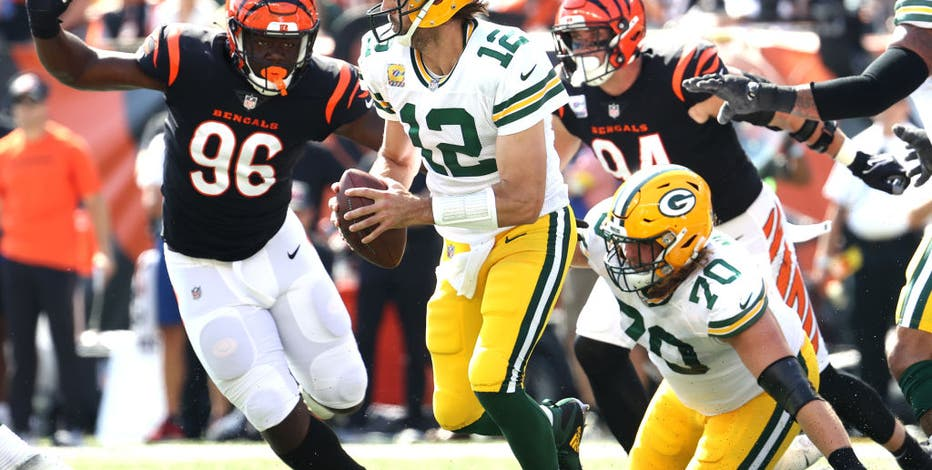 Packers beat Bengals in overtime, Crosby hits 49-yarder after 3 misses
