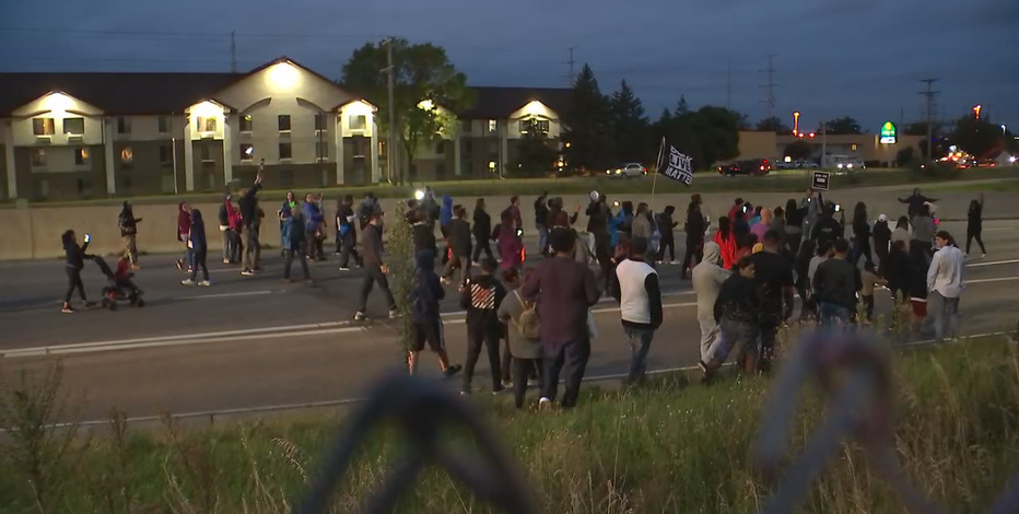 Protesters block traffic on 494 after officer-involved shooting in Richfield