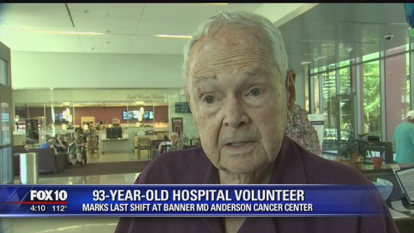 93-year-old man marks last shift as volunteer at Banner MD Anderson Cancer Center