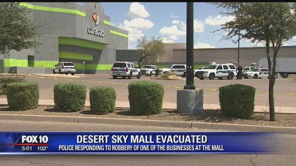 Shooting outside Phoenix strip club leaves 1 dead, 1 injured | FOX
