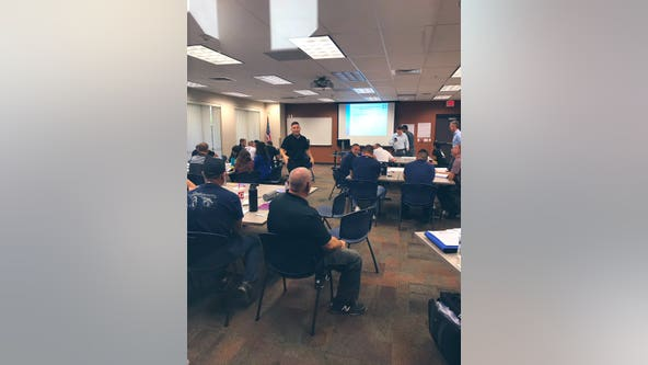 Phoenix police officers begin mental health training