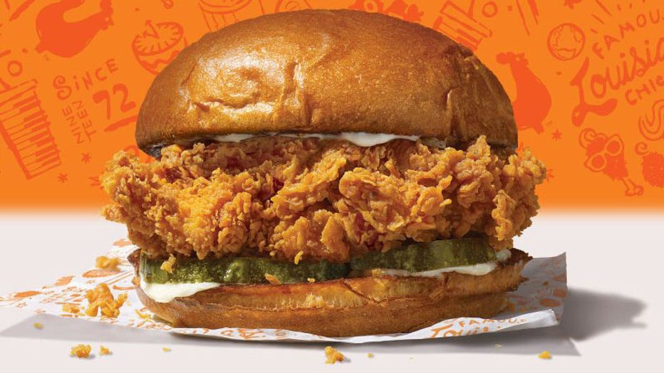 Popeyes Chicken Sandwich Is Surprise Hit We Didn T Expect