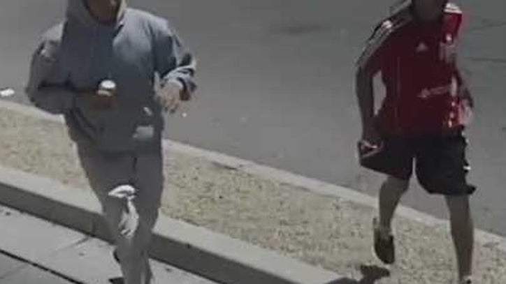 Phoenix Police looking for suspects in snack shop robbery
