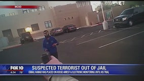 Arizona man accused of terrorism out of jail until his trial