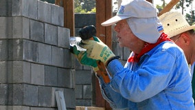 Jimmy Carter builds Habitat for Humanity home in Tennessee despite black eye, stitches from fall