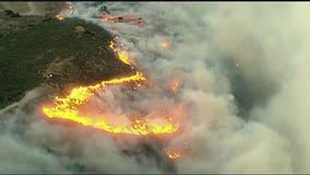 Easy Fire rips through Simi Valley near Ronald Reagan Library