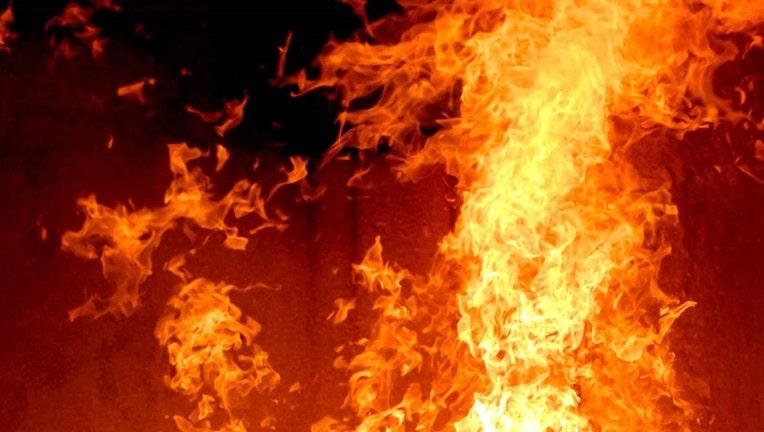 fire_generic_1520277322817_5033215_ver1.0_1280_720.jpg