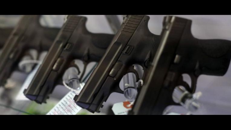 guns1_1461756059821_1228595_ver1.0_1280_720.png