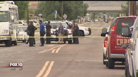 Phoenix police: Man dies after being stabbed outside his home