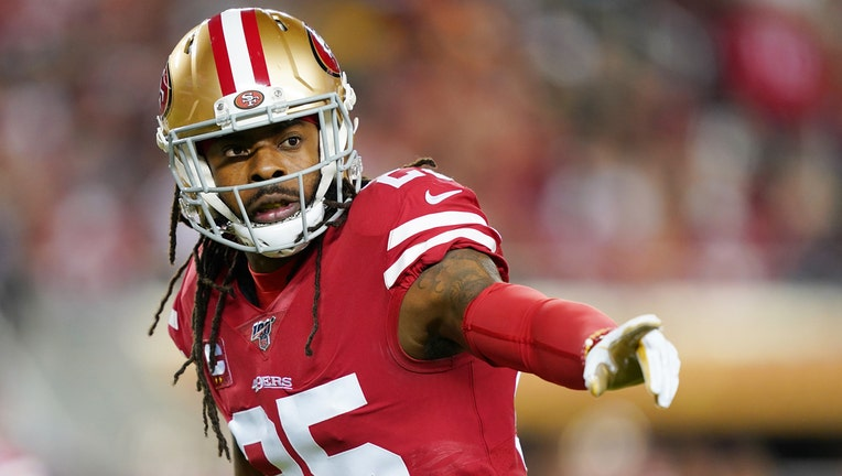 Richard Sherman #25 of the San Francisco 49ers lines up during the first quarter of the game against the Green Bay Packers at Levi's Stadium on November 24, 2019 in Santa Clara, California. (Photo by Thearon W. Henderson/Getty Images)