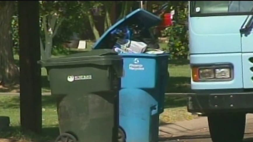 Phoenix discusses possible price increase on trash and recycling pickup