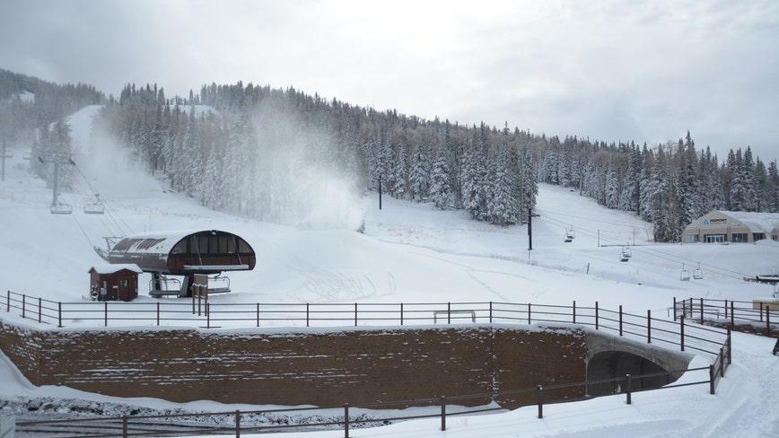 High winds force closure of ski lifts at Arizona Snowbowl