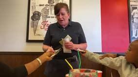 'Magic of Santa': Pennsylvania family surprises waitress with $500 tip on Christmas Eve