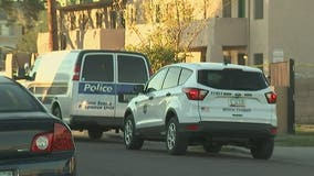 Man shot, killed in parking lot of Phoenix apartments