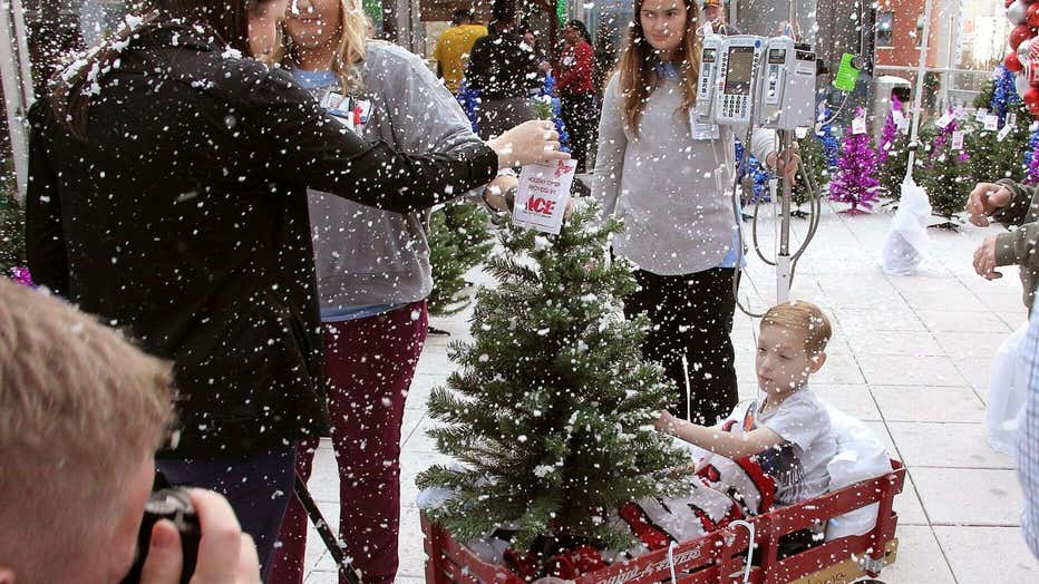Children-were-then-encouraged-to-decorate-their-trees-with-ornaments-that-they-made..jpg
