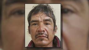 Agents arrest convicted felon near Arizona border