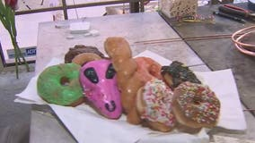 'Demonstrate and Donuts': Scottsdale art walk supports law enforcement