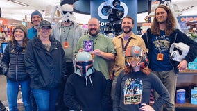 Flagstaff store gives 'Star Wars' record back to Mark Hamill