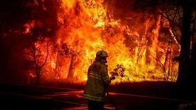 US sends more than 100 firefighters to help battle devastating Australian bushfires