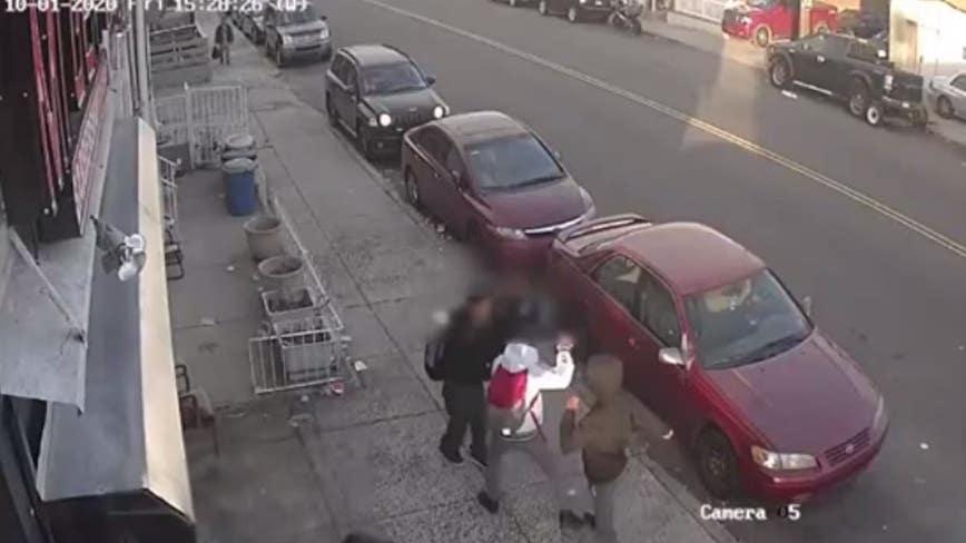 14-year-old boy beaten, robbed in broad daylight in Feltonville