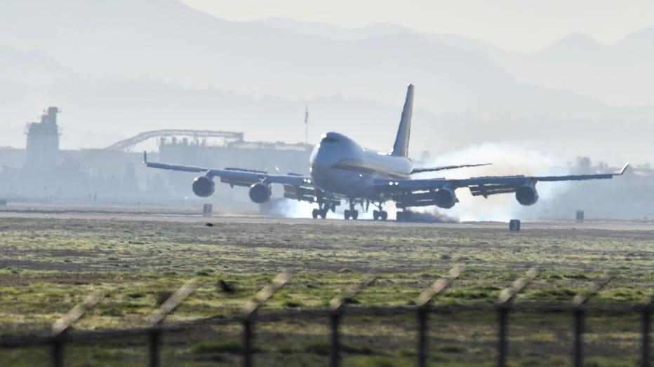 plane-lands-getty.jpg