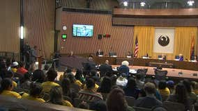 Phoenix Council approves civilian oversight of police in 5-4 vote