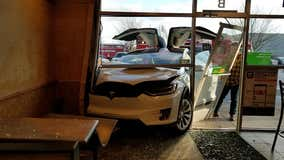 Police: Driver whose Tesla crashed claims it malfunctioned