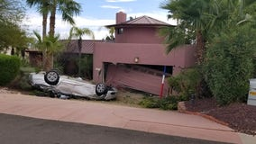MCSO: 2 injured after car crashed into Fountain Hills home