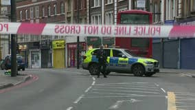 Police: 3 injured, suspect killed in London terror stabbings
