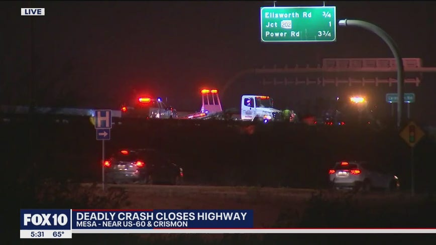 Deadly crash closes westbound US 60 in east Mesa