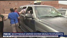 Scottsdale Unified School District giving meals to students