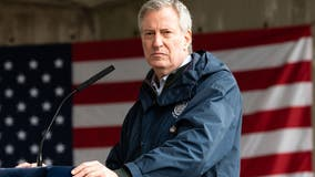 NYC mayor urges national enlistment program for nurses and doctors