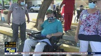 Arizona veterans home holds parade for residents