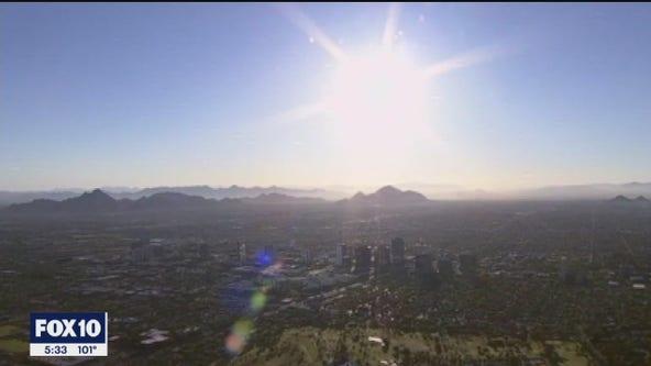 As a heat wave rolls through Phoenix, a church offers resources