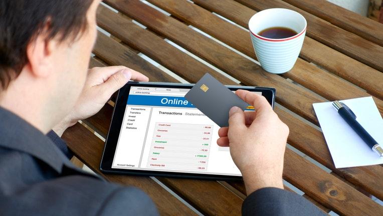 Credit-card-negative-balance-iStock-853923224.jpg
