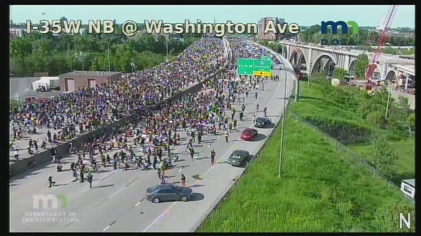Live coverage: Minneapolis protesters march on I-35W to take a knee for George Floyd