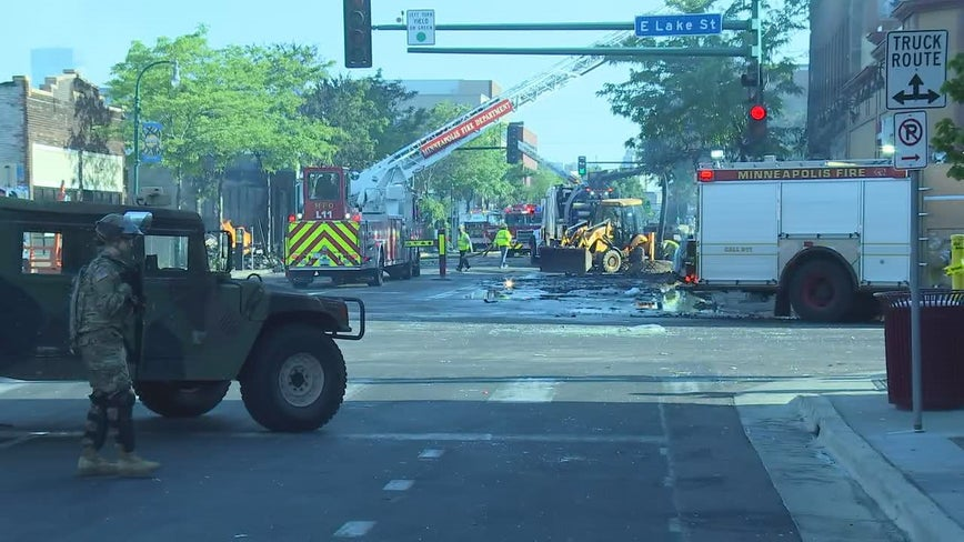 Minnesota governor fully mobilizes National Guard in response to riots