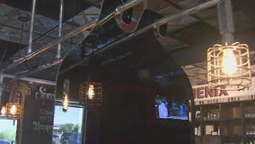 Phoenix company makes movable plexiglass shields for restaurants amid pandemic